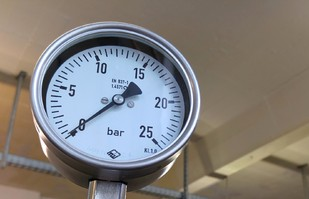 Manometer Detail